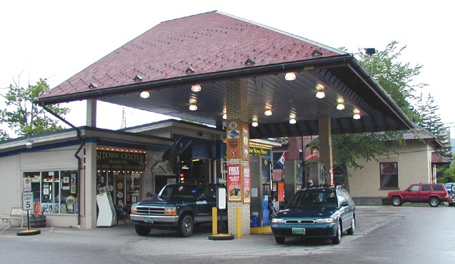 Used Cars Burlington Vt >> Vermont Icebox & Modern Gas Stations | RoadsideArchitecture.com