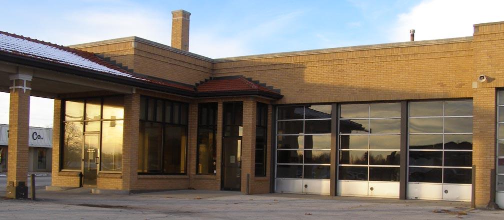 Santa Maria Car Dealerships >> Iowa Car Showrooms & Dealerships | RoadsideArchitecture.com