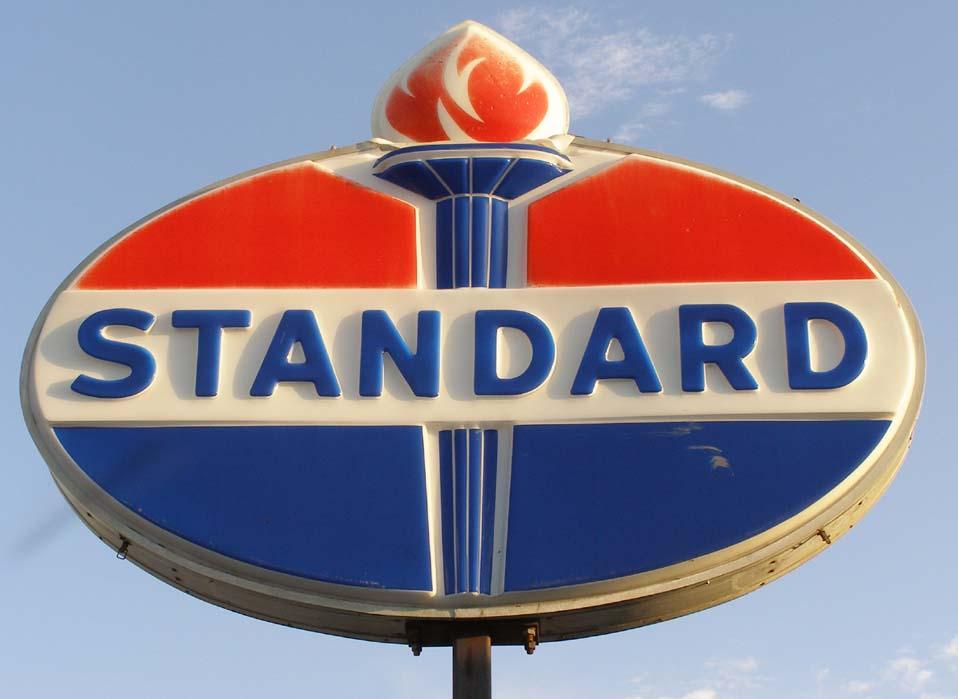 Minnesota Signs | RoadsideArchitecture.com Standard Oil Logo