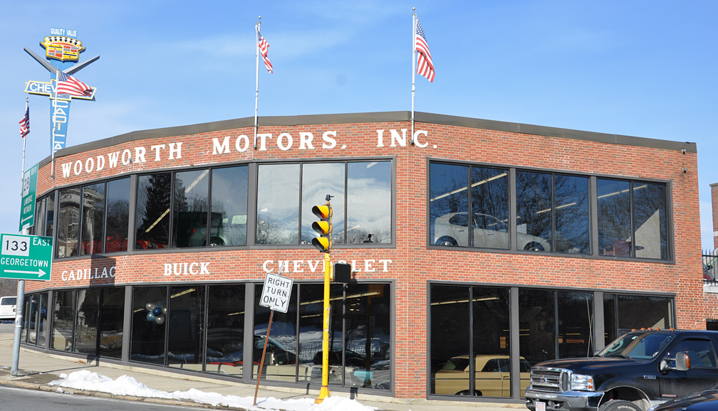 massachusetts car showrooms dealerships