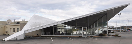 Used Car Dealerships Rochester Ny >> New York Car Showrooms & Dealerships | RoadsideArchitecture.com
