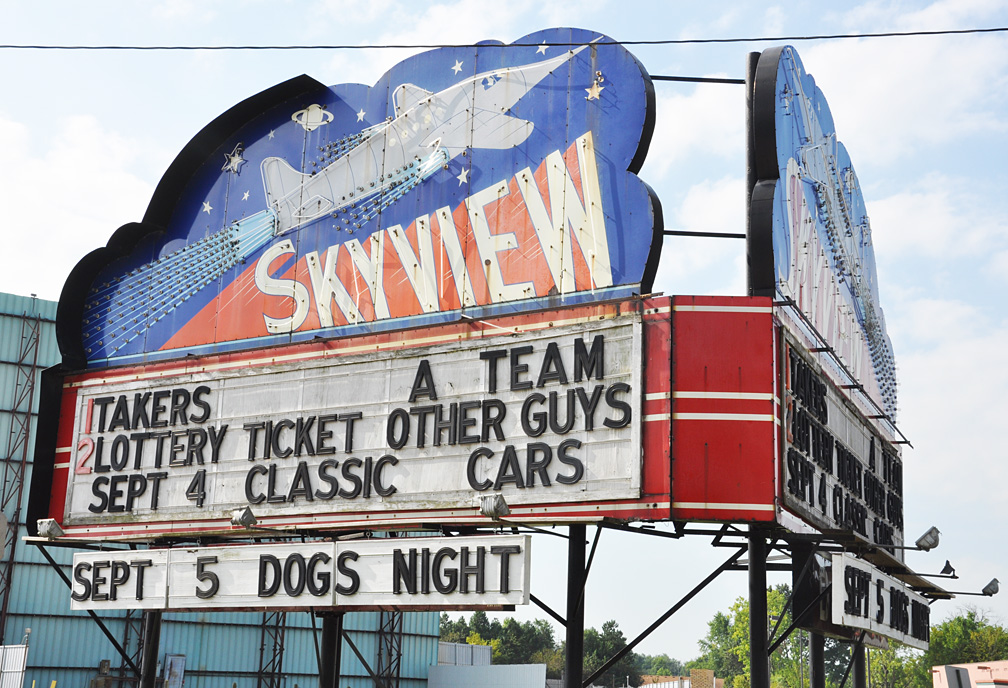 Litchfield skyview drive in showtimes
