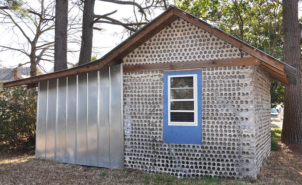 Awesome Bottle Houses Roadsidearchitecture Com Home Interior And Landscaping Mentranervesignezvosmurscom