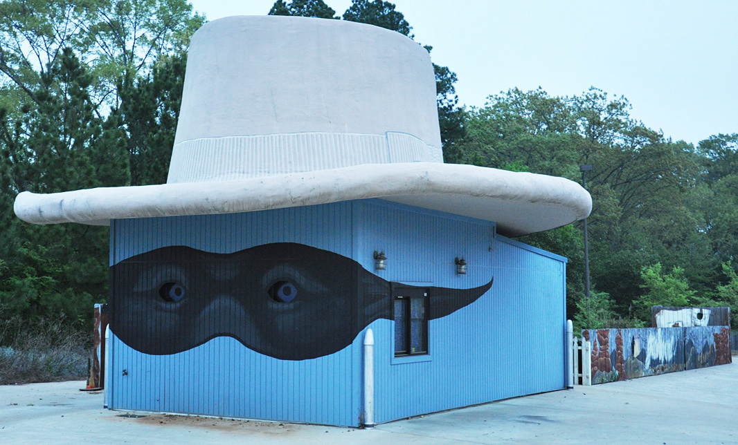 Giant Hats Roadsidearchitecture Com