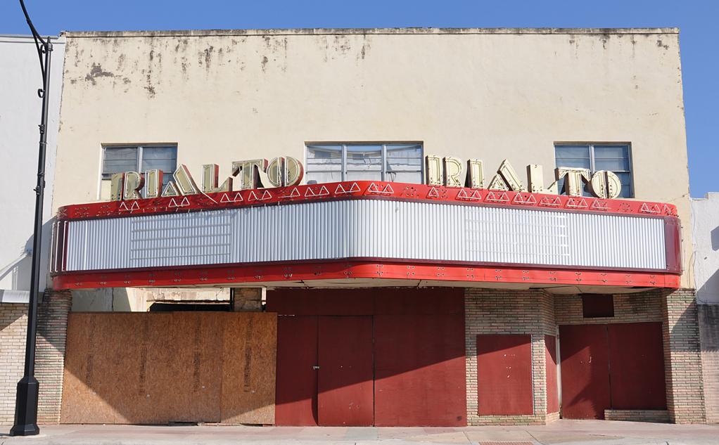 Kerrville movie theater texas