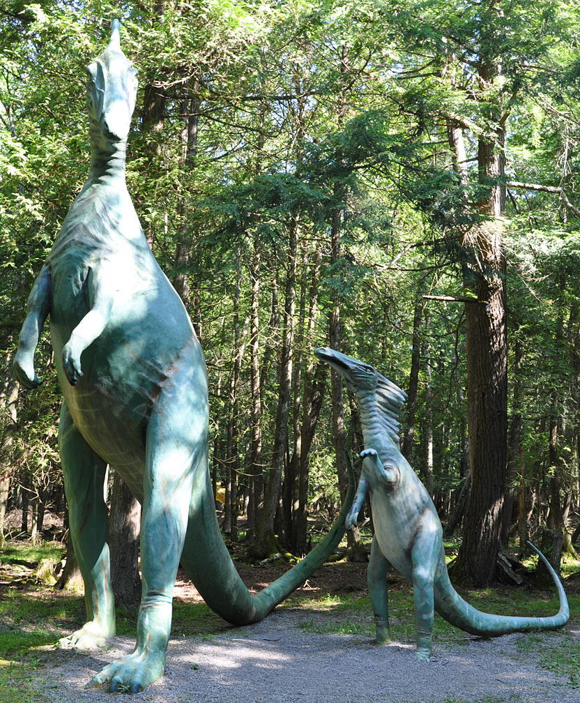 Michigan Dinosaur Statues RoadsideArchitecturecom