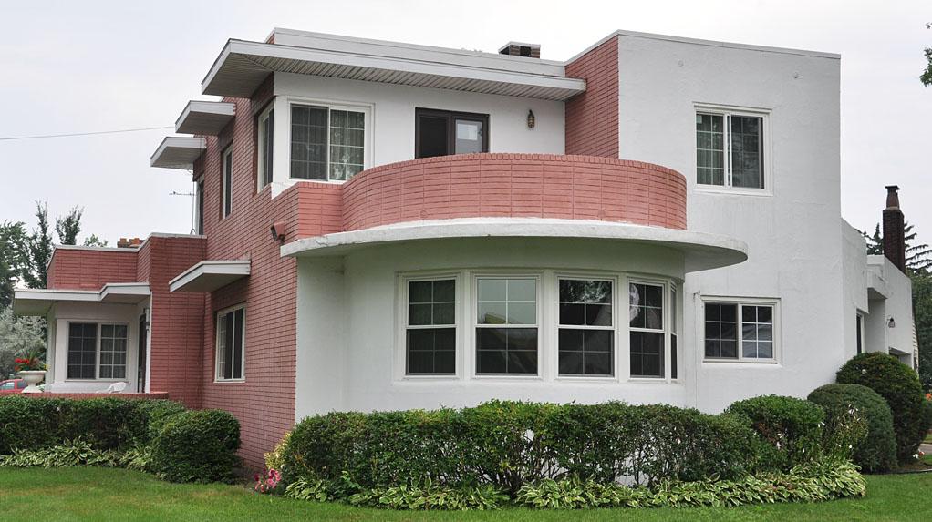 Streamline moderne houses house modern for Streamline moderne house plans