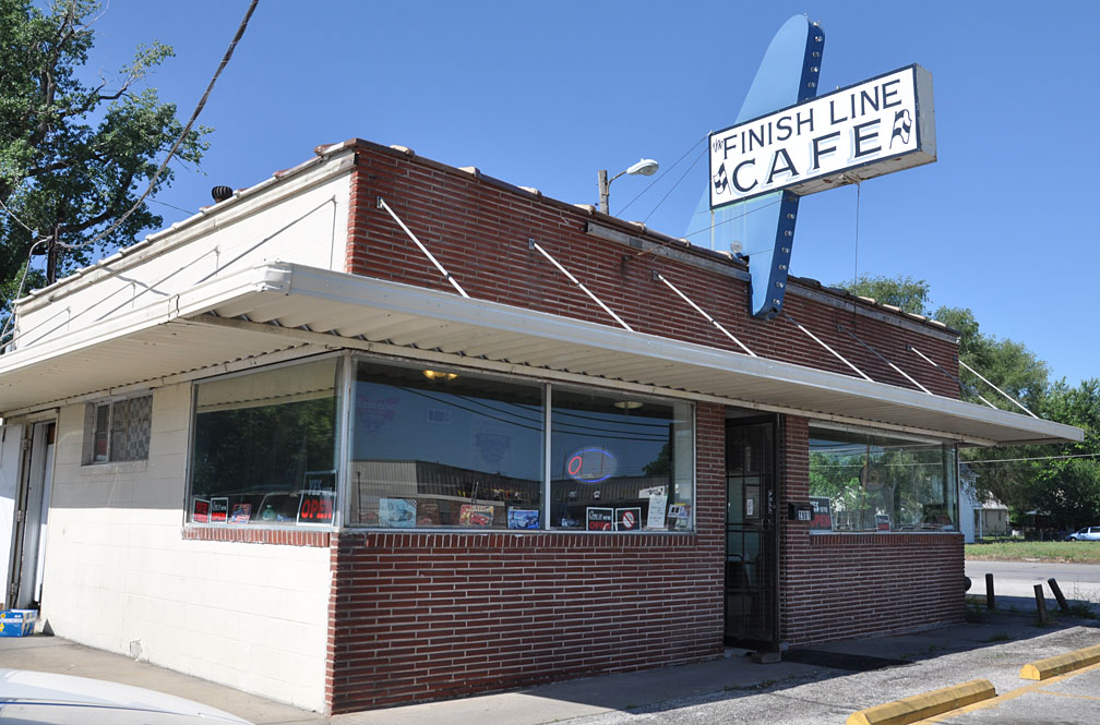 Broadway Cafe Kansas City Hours