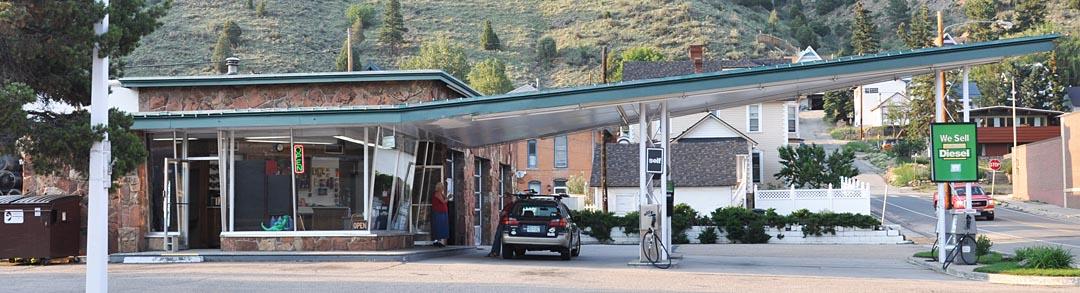 Colorado Icebox Modern Gas Stations