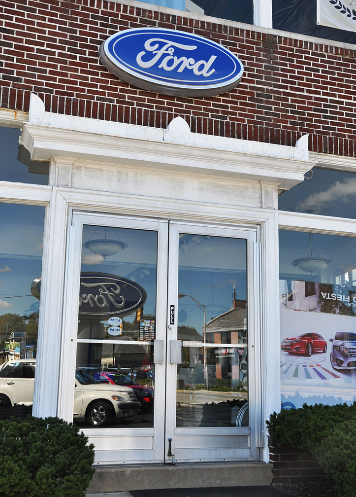 Matthews Paoli Ford >> Pennsylvania Car Showrooms & Dealerships ...