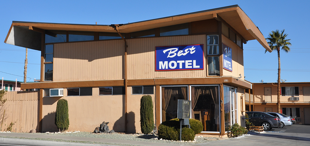 Mid century modern imperial 400 motels for Imperial motor inn state college
