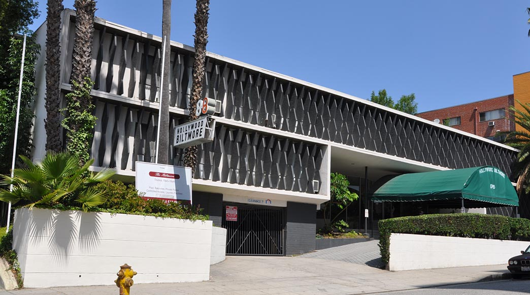 California mid century modern residential buildings for Mid century modern architecture los angeles