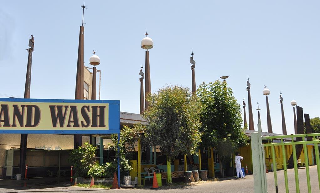 Mid century modern car washes roadsidearchitecture anaheim ca js auto hand wash gone van nuys ca solutioingenieria Images