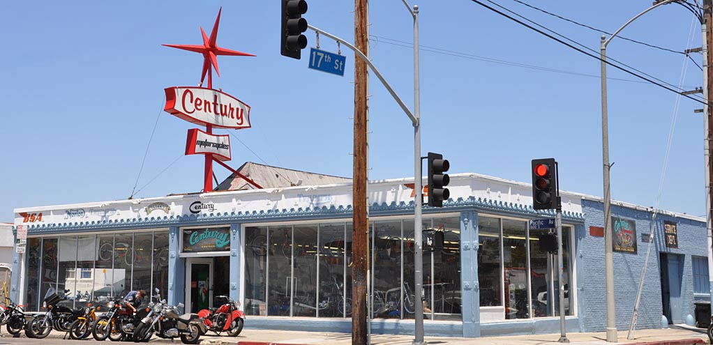 Car Dealerships In Fresno Ca >> California Car Showrooms & Dealerships | RoadsideArchitecture.com