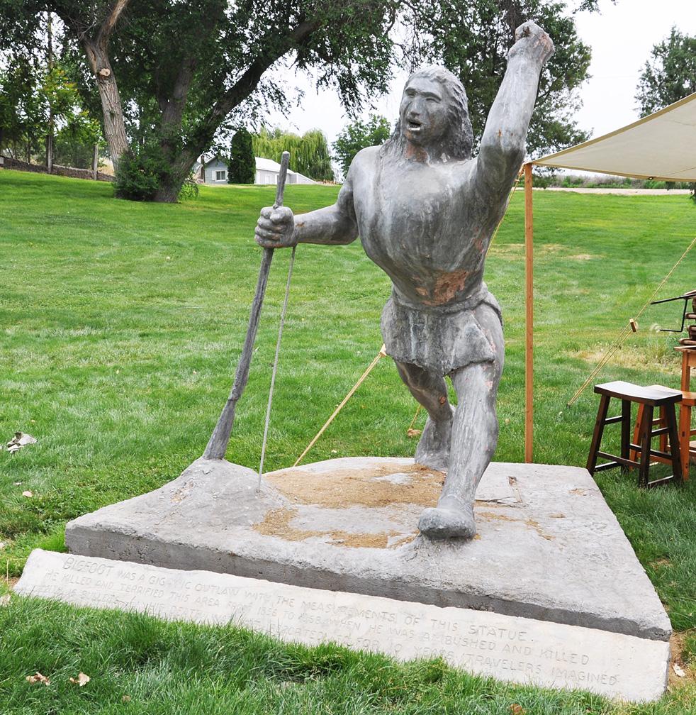 Bigfoot lawn ornament - Bigfoot Parma Id