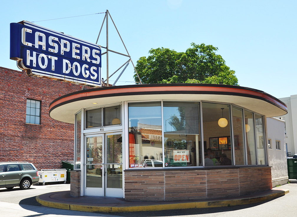 Caspers Hot Dogs First Ave