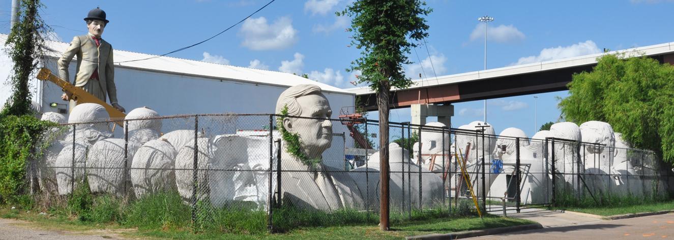Texas Statues | RoadsideArchitecture com